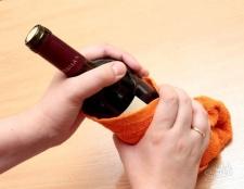 Як відкрити вино без штопора