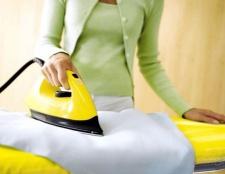 Як видалити плями іржі з одягу