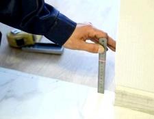 Як встановити металеві двері